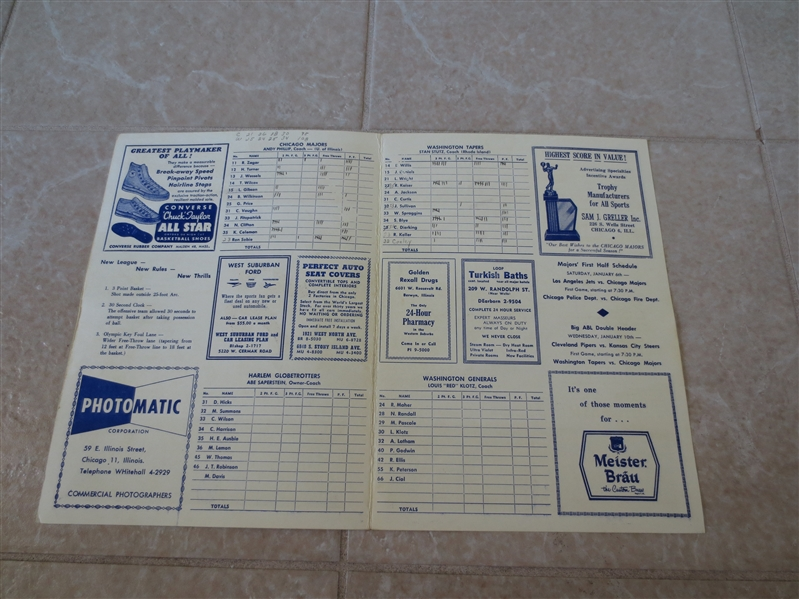 1961-62 ABL basketball program Washington Tapers at Chicago Majors Sweetwater Clifton