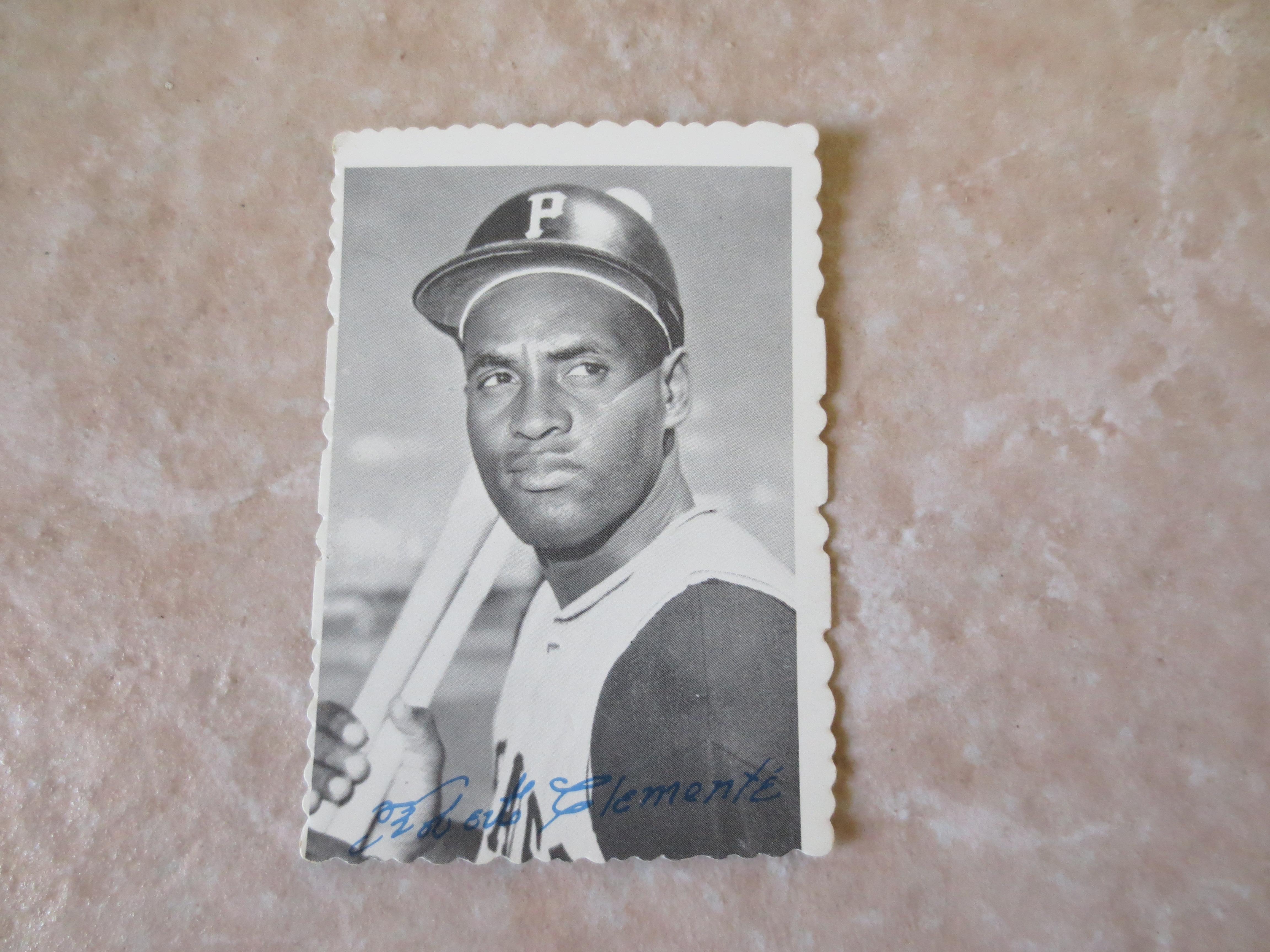 Lot Detail 1969 Topps Deckle Edge Bob Clemente Baseball Card 27
