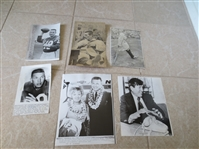 (13) Johnny Unitas Football Press Photos